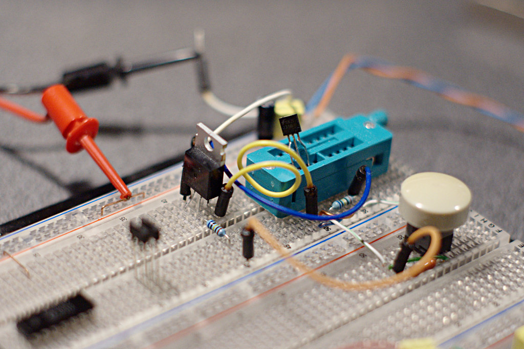Как я проверял полевые транзисторы - последний вариант на макетке